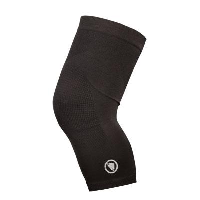 Endura Návleky na kolena Engineered Cerná S-M