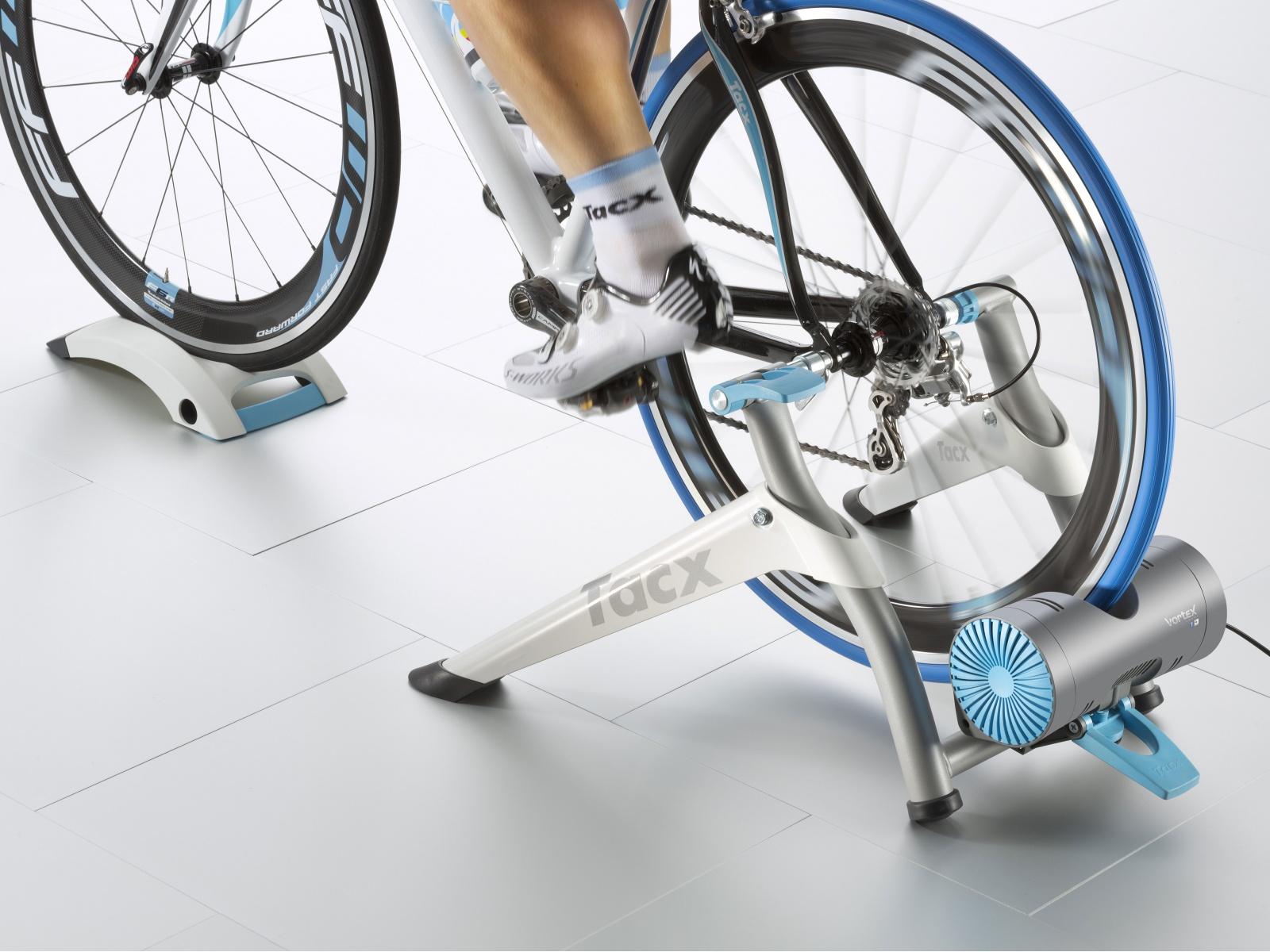 TACX Cyklotrenažér FC2180 Vortex Smart FC