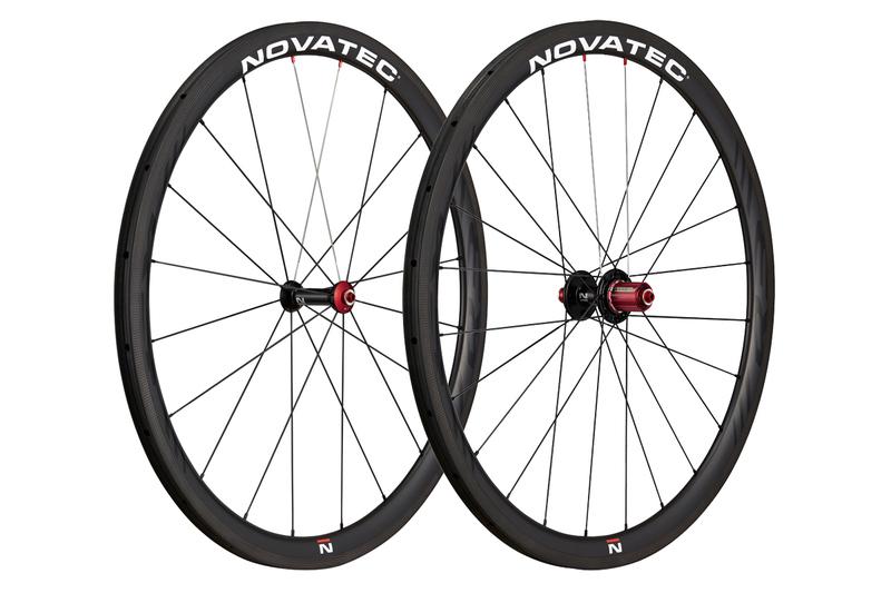 """Silniční kola Novatec R3 tubular 28"""""""