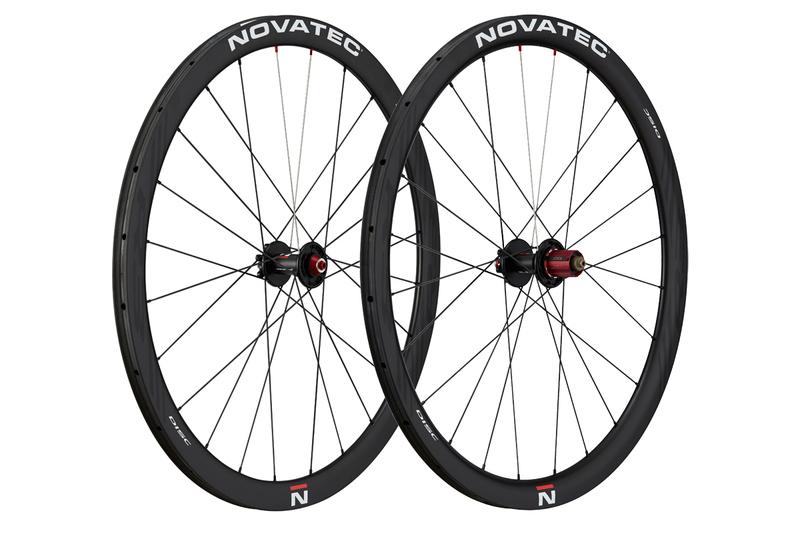 "Silniční kola Novatec R3 Disc tubular 28"""