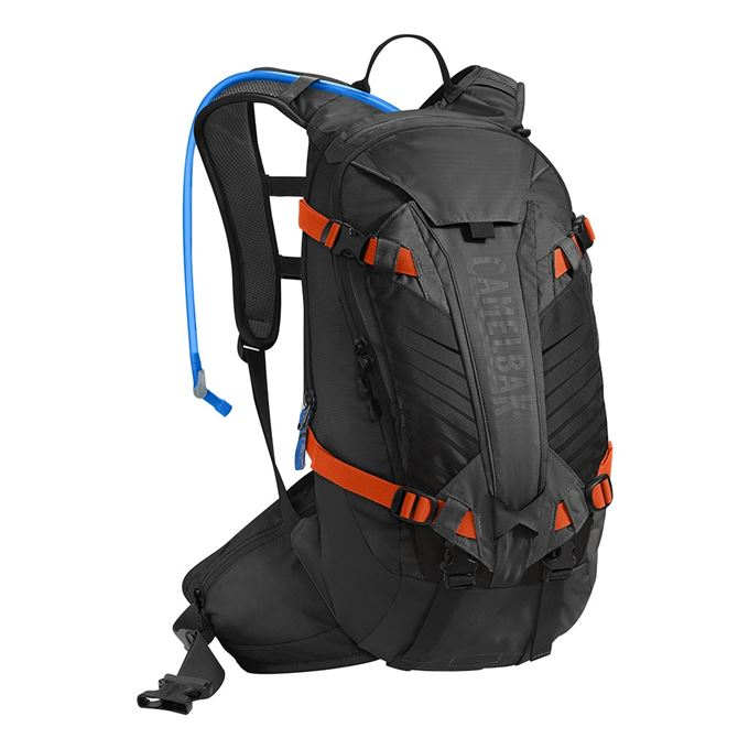 Batoh CamelBak Kudu 12-Black/Laser Orange
